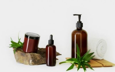 FOUR TYPES OF PHARMACEUTICAL CONTAINERS